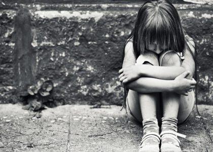Depressed-little-girl